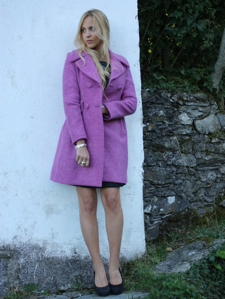 Fabiola Bobbio wearing Michele R. Femme for Ghiglino 1893 & Lifestyle and Chilling